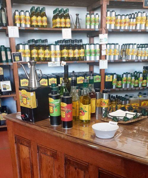 Bar-a-huiles-Nyons-moulin