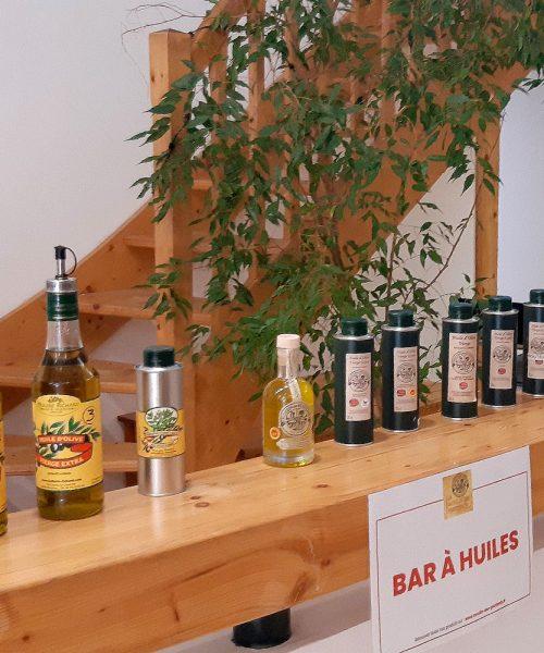 Bar-à-huiles-boutique-Les-Mées