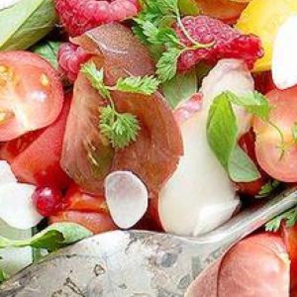 salade-de-tomates-et-fruits